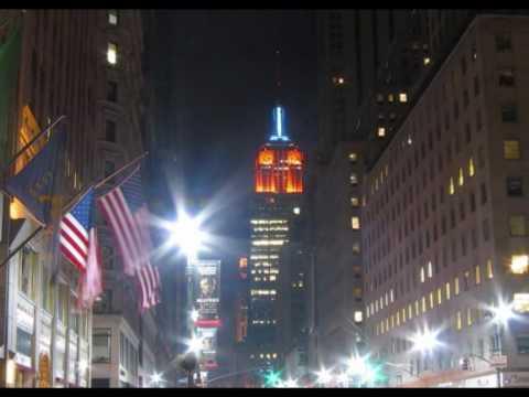 New York  Groove ..... Ace  Frehley  ( KISS ).