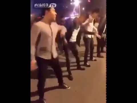 Nhảy nhịp điệu thanh niên Trung Quốc 2