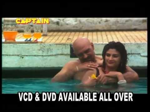 Kanika In Swimming Pool With Amrish Puri Dhaal Youtube