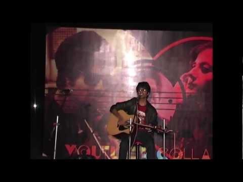 """ Mann Mera "" Table No. 21 (Gajendra Verma) Performing Live AcousticPranav"