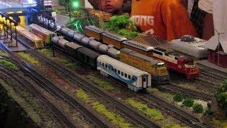 Miniatur Kereta Api Bermesin Uap Steam Locomotive Model