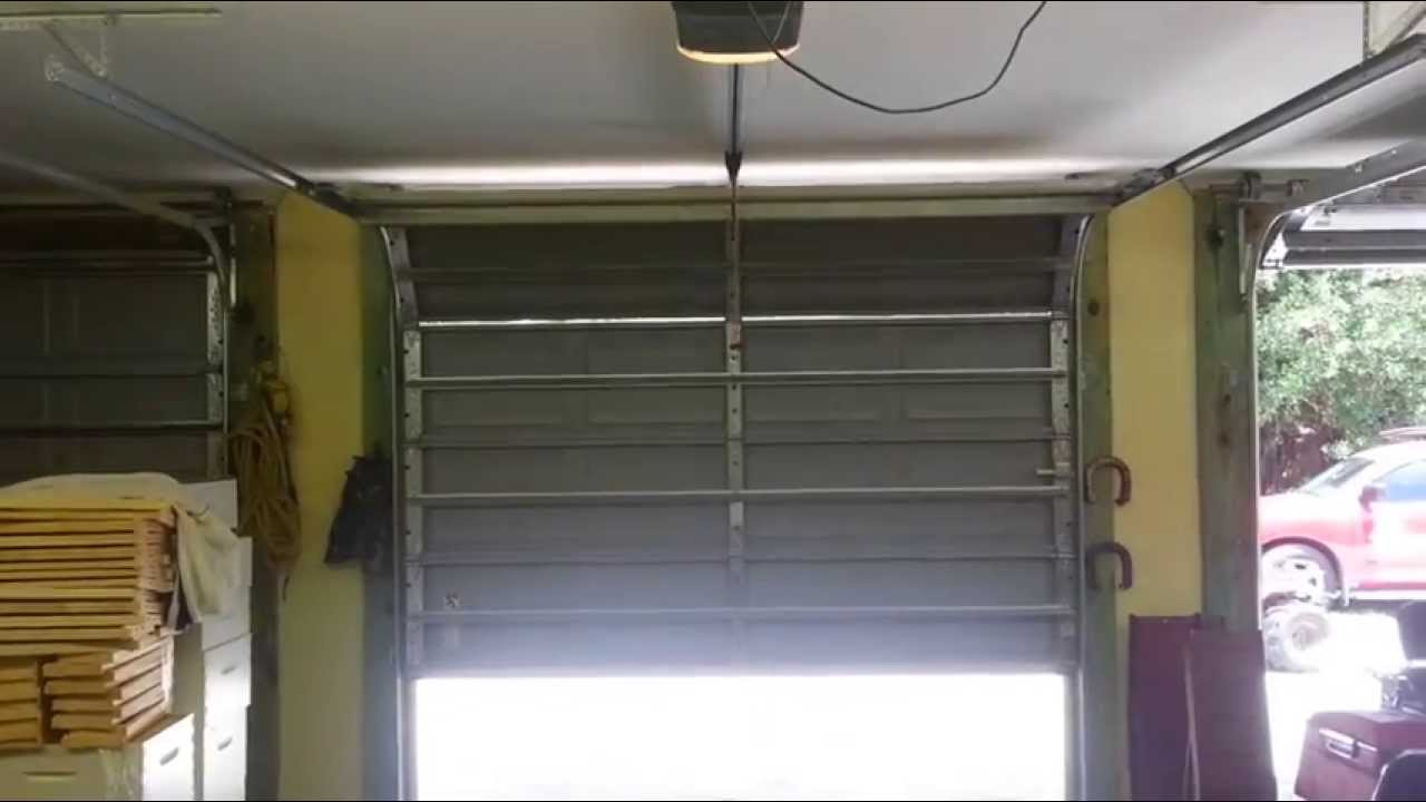 Chamberlain garage door won t close