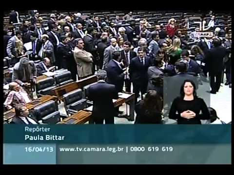 Indigenous People Occupy Brazil\'s Congress Over La