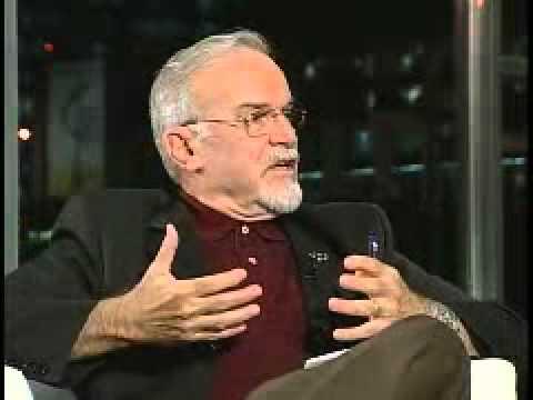 Roberto da Matta explica o Brasil - Carnavais, Malandros e Heróis (Bloco 2 de 3)