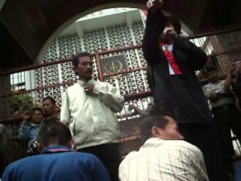 Aksi Tuntut Korupsi Yance di Kejagung-4
