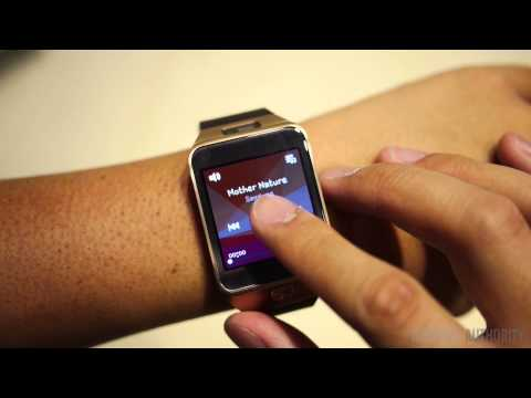 Samsung Gear 2 First Look and Hands On