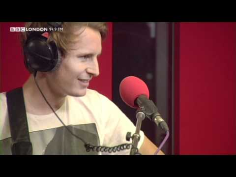 Ben Howard - Old Pine (Live on The Sunday Night Sessions)