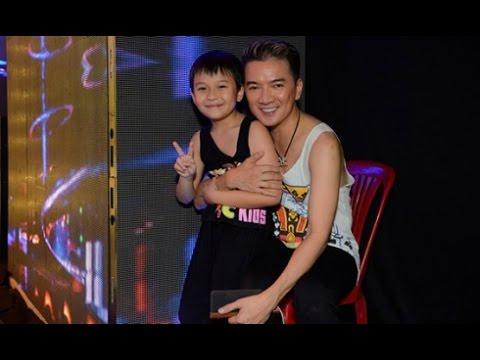 Đàm Vĩnh Hưng cười tít khi con trai nuôi đến xem anh tập liveshow(Tin tức Sao Việt)