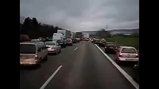 Reaksi orang Jerman pada sirine ambulan