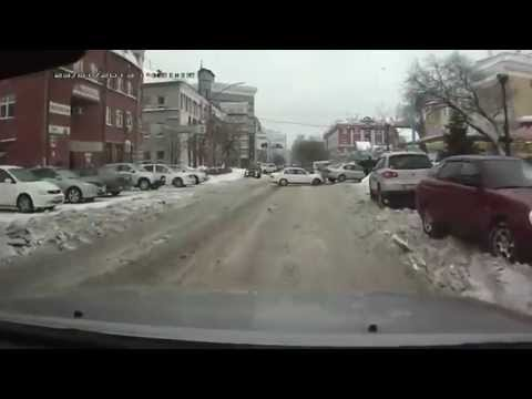Cars Crash Compilationon ice February New 2013