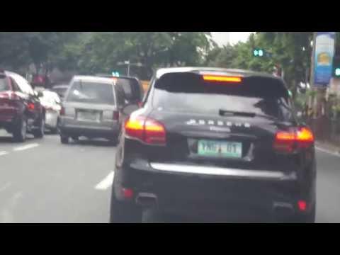 Supercars: Porsche Cayenne Along Buendia, Makati