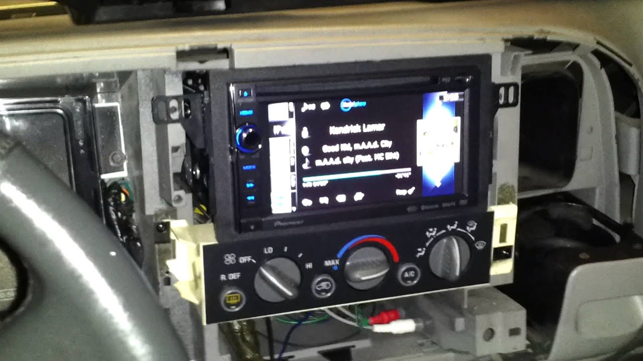 1999 jeep wrangler speaker wiring diagram double din installation on a 99 chevy tahoe pt 2 youtube  double din installation on a 99 chevy tahoe pt 2 youtube