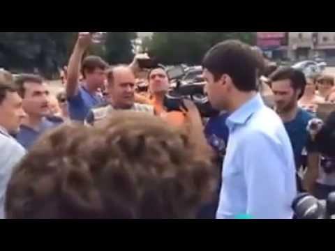 Жители Славянска выгнали регионала Николая Левченко из города. 09.07.2014