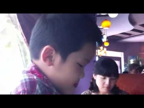 Hot boy haiphong