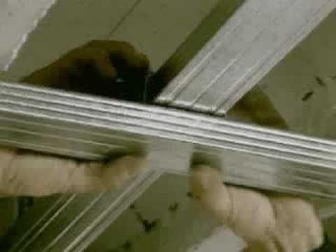 krótki film o montowaniu - sufity podwieszane