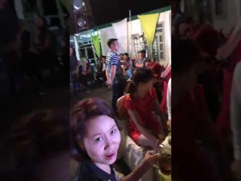 Ca sĩ siêu mẫu Lâm Kỳ Nguyên hát mừng đám cưới Văn Dưỡng - Thúy Diễm