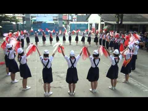 Hội thi Nghi thức Đội Q.Thủ Đức 2012 - 2013 [Múa hát tập thể]