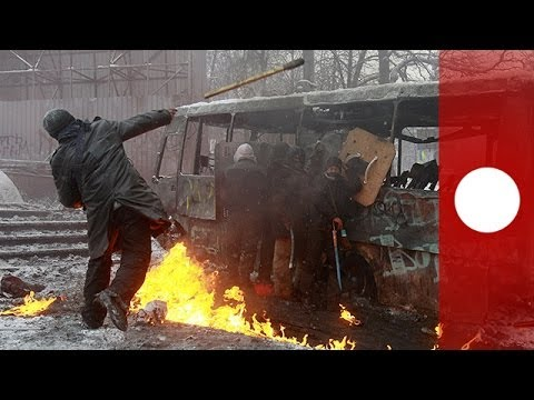 Just in: Three dead as riot police clash with anti-govt protesters in Ukraine