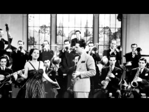 Artie Shaw ft Helen Forrest - Deep In A Dream (1938)