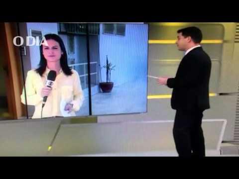 Evaristo Costa chama repórter de Viviane Araújo no 'Jornal Hoje'