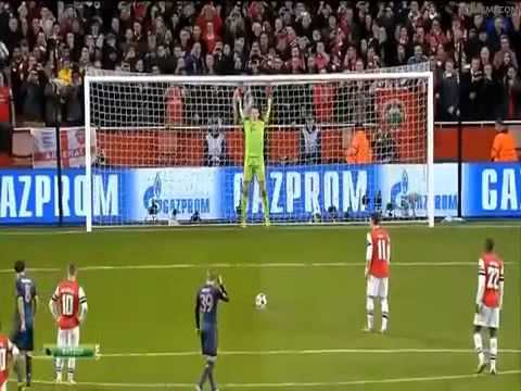 Arsenal Bayern Münih Mesut Özil penalty missed 19.02.2014