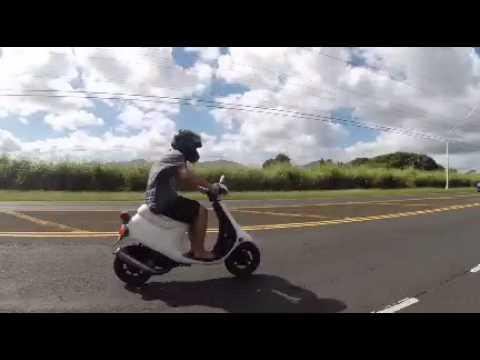 Jah akoni moped Cruz 2014 Jan, 5