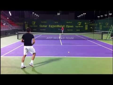 Hình ảnh trong video Federer Training