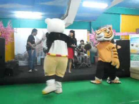 Black Paper Moon-Another World (Gackt cover) @ Comic Festival Gramedia Depok