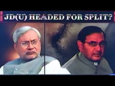 Sharad Yadav slams Nitish's caste politics