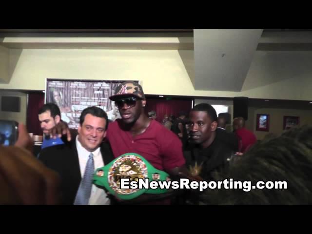 ko artist 31-0 31 kos deontay wilder meets WBC president EsNews Boxing
