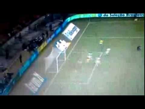 Oscar Golazo - South Africa vs Brazil 0-1 5/03/2013
