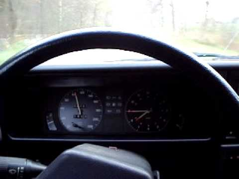 Driving in my Opel Rekord E wagon C24NE  4 gears 1986