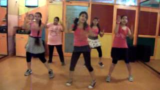 "Tumhi Ho Bandhu ""Cocktail"" Dance Performance By Step2Step"