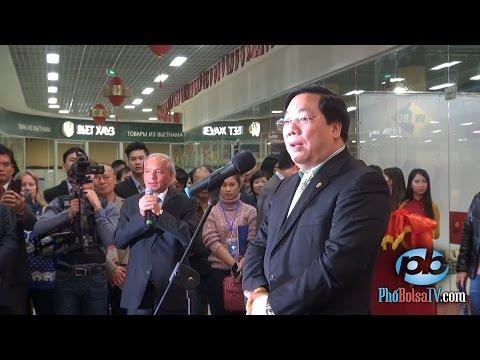 Đại sứ Việt Nam Nguyễn Thanh Sơn khai mạc Hội chợ bán hàng Việt tại Nga