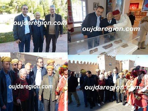 شاهدوا لحظة زيارة القائد عبد الرحمان اليوسفي لمتحف المقاومة وباب سيدي عبدالوهاب وكلية القانون بوجدة