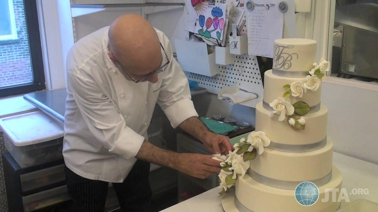 Cake Decorating Shows On Food Network : Food Network
