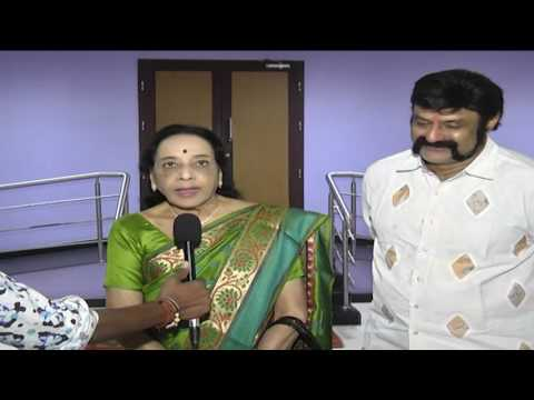 Celebs-at-Gautamiputra-Satakarni-Movie-Special-Show