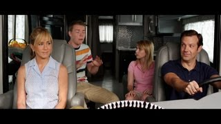 We're The Millers Official Trailer [HD]