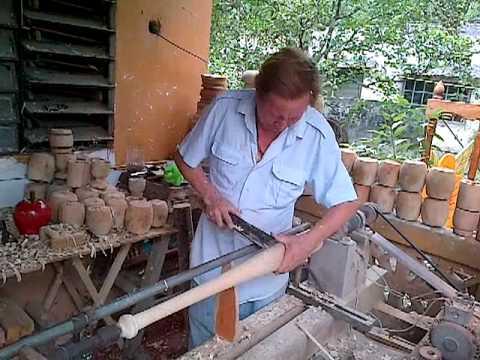 Como hacer un bat de maderavid 20121011 00001 3gp youtube for Como construir un kiosco en madera