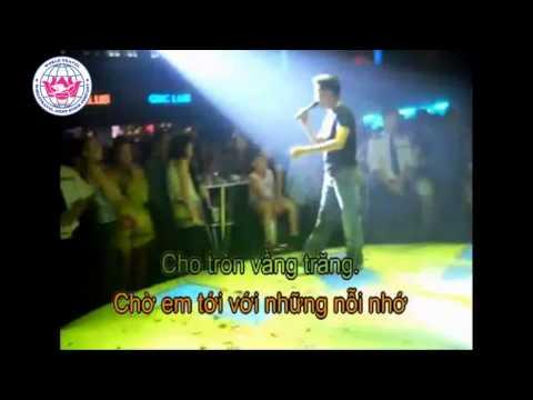 Nua Vang Trang   Karaoke