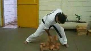 punhos de aço-Mestre Marco Godoy Academia GP Araraquara view on youtube.com tube online.