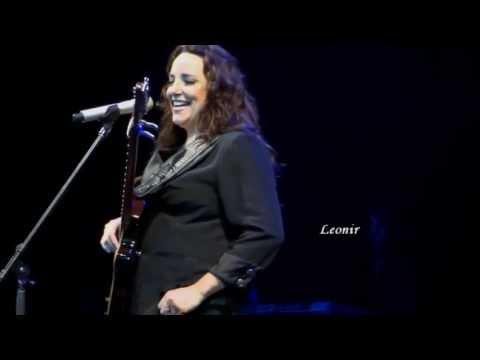 Ana Carolina fala sobre o novo CD #AC e canta trecho