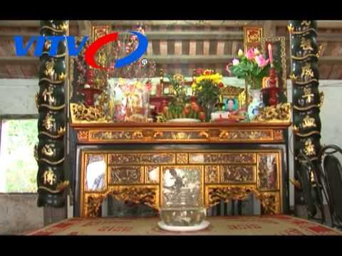 Bàn thờ của người Việt