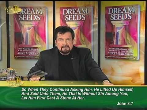 Dr. Mike Murdock - The Man Called Jesus (7 Minutes of Wisdom)