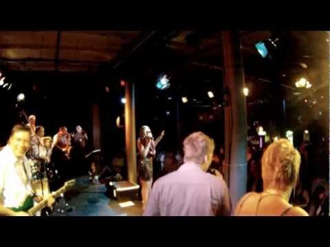 Beispiel: Promo Video 2011, Video: 88 Miles.