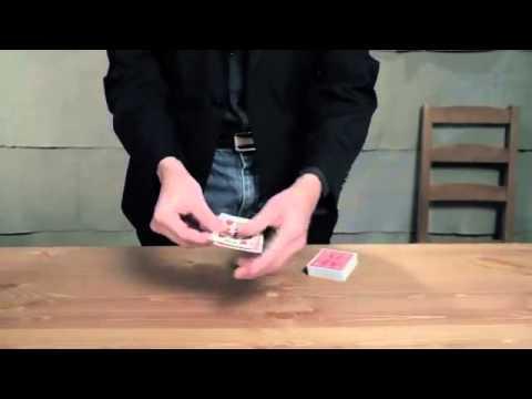 Dạy ảo thuật- Đổi lá bài trên tay khán giả