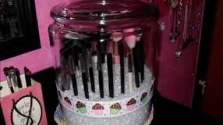 How To: Makeup Brush Jar