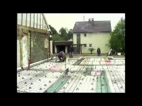 Plokstuminiai pamatai greta esancio pastato