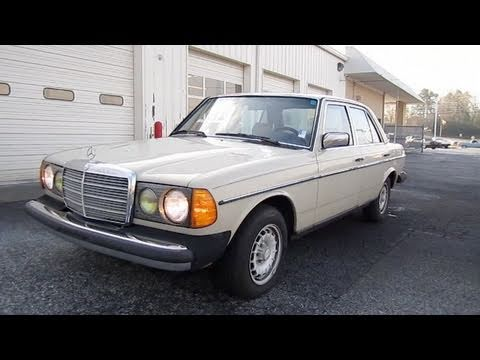 1983 Mercedes-Benz 300D w/367k Miles Start Up, Engine, In Depth Tour, and Brief Drive
