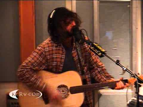 Thumbnail of video Angus and Julia Stone performing